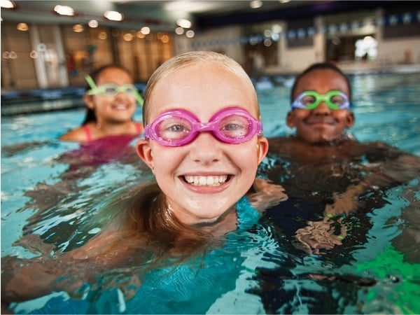Swimming-Aquatics-Kids-In-Pool