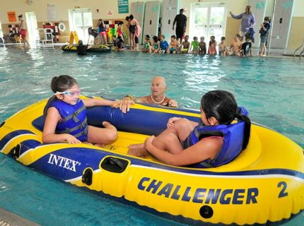 Coach-Children-YMCA-SPLASH-Program